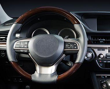 car-dashboard-modern-luxury-interior-steering-pb5ulj4